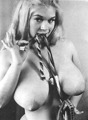 Big Boobs Vintage Porn Pictures