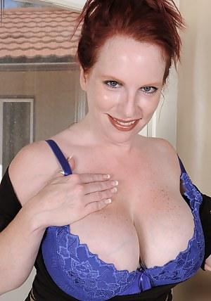 Big Boob Redhead Porn Pictures