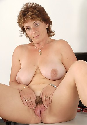 Big Boobs Old Pussy Porn Pictures
