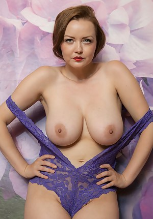 Big Boobs Lingerie Porn Pictures